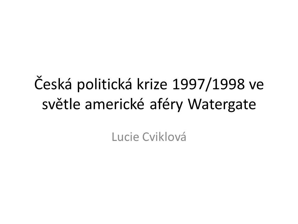 Metodologická východiska - Habermasova koncepce legitimity I Z hlediska významu následujícího srovnávacího rozboru aféry Watergate a dočasné české politické krize na přelomu let 1997 a 1998 je klíčovou Habermasova teze o legitimizační krizi kapitalistických systémů.