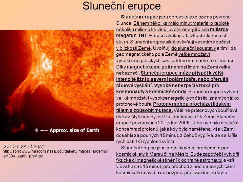 Protuberance Plyn (plazma) v protuberancích je dvěstě až třistakrát hustější než plyn v koróně a může dosáhnout do výšek až 50 000 km nad povrch Slunce.