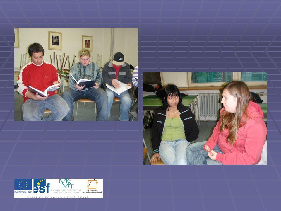 Povinnosti zaměstnance a zaměstnavatele  Studenti se rozdělí do tříčlenných skupin a hledají odpovědi na otázky pod následujícím textem.