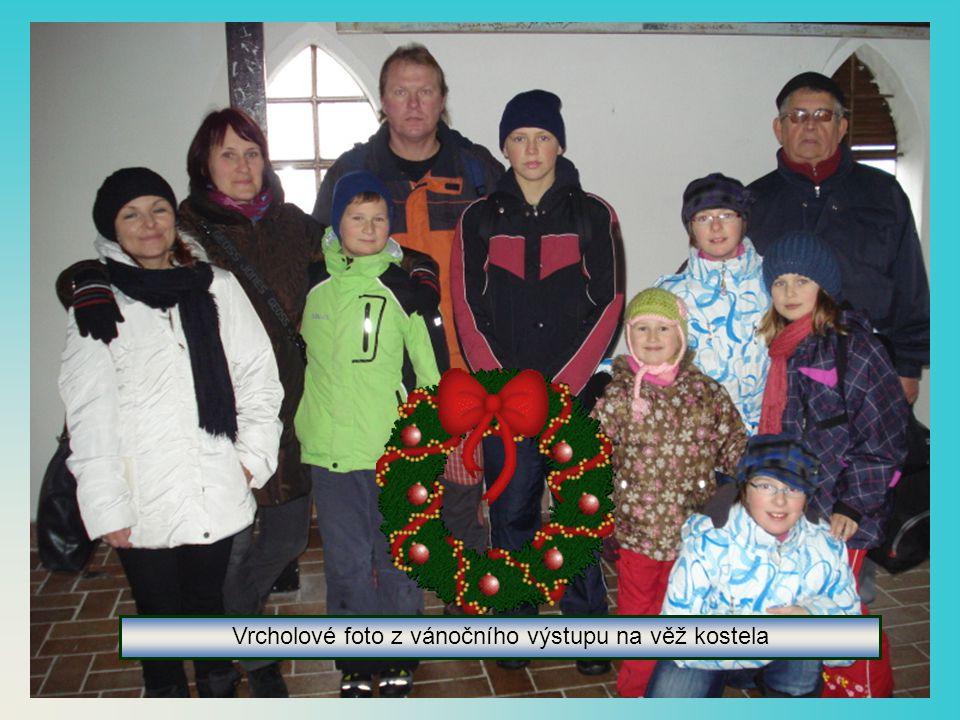 Vrcholové foto z vánočního výstupu na věž kostela