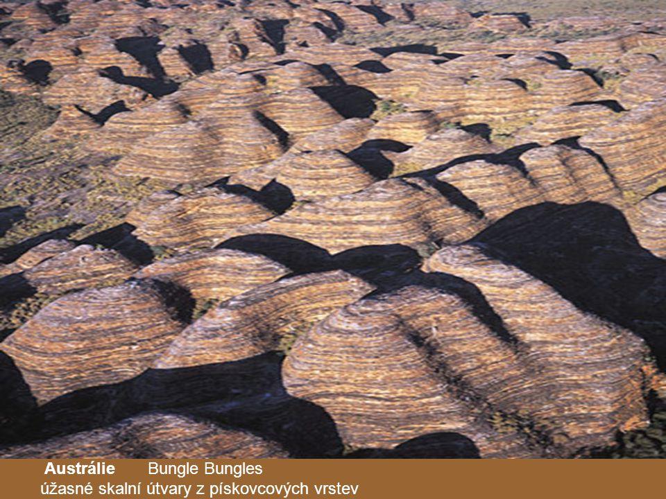 Austrálie Bungle Bungles úžasné skalní útvary z pískovcových vrstev