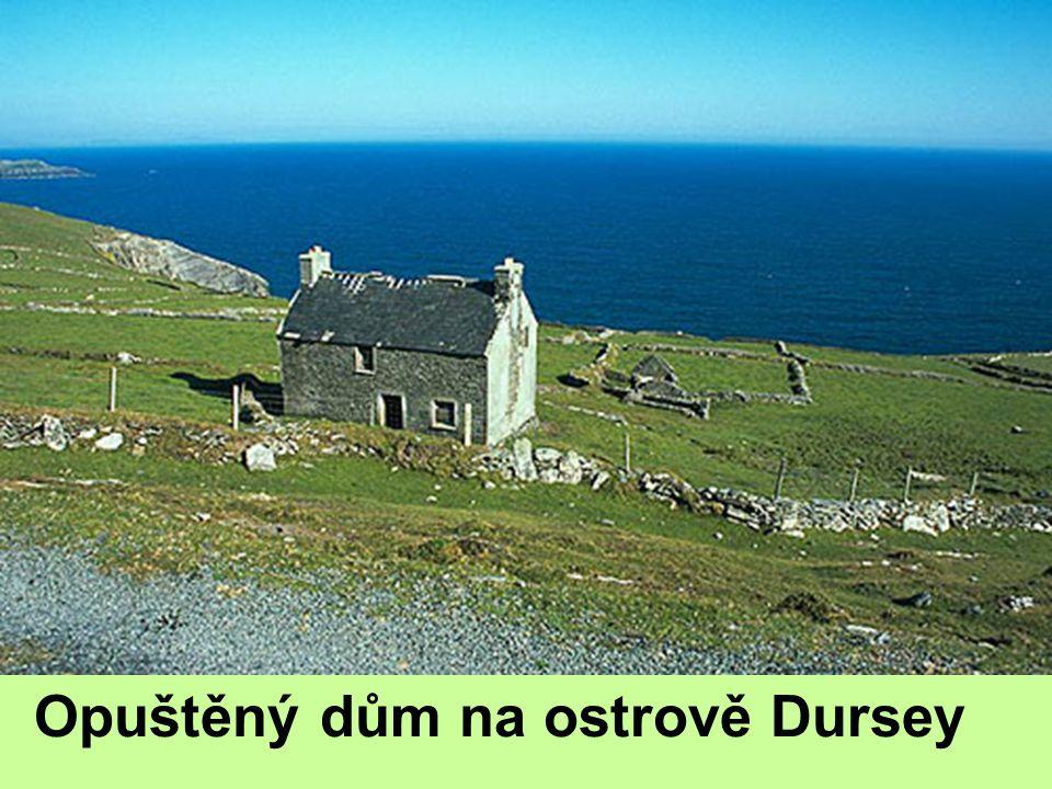 Irsko hl. m. Dublin Vlhké přímořské podnebí, pastevectví Těžba rašeliny Potravinářský průmysl