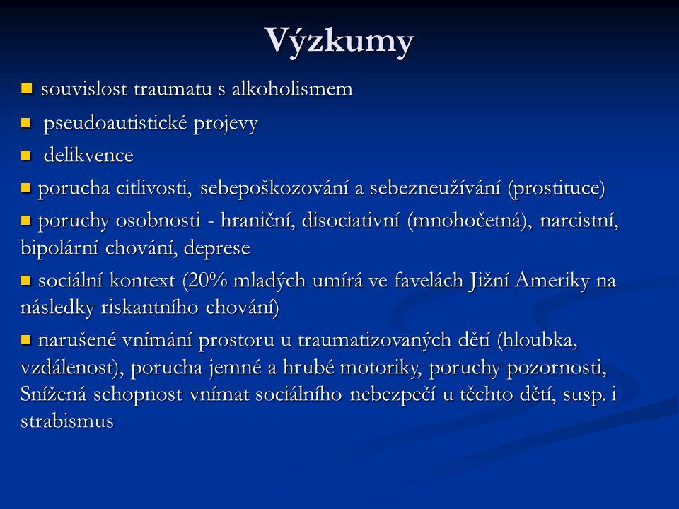 Somatické změny pseudozáněty šlach (achillova pata u mužů, u žen tenisový loket), karpální tunel pseudozáněty šlach (achillova pata u mužů, u žen tenisový loket), karpální tunel roztroušená skleróza roztroušená skleróza somatizace v kosterním svalstvu somatizace v kosterním svalstvu algický syndrom algický syndrom únavový syndrom únavový syndrom