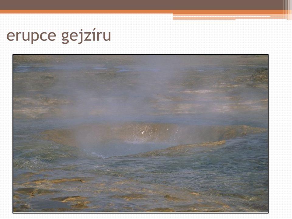 erupce gejzíru