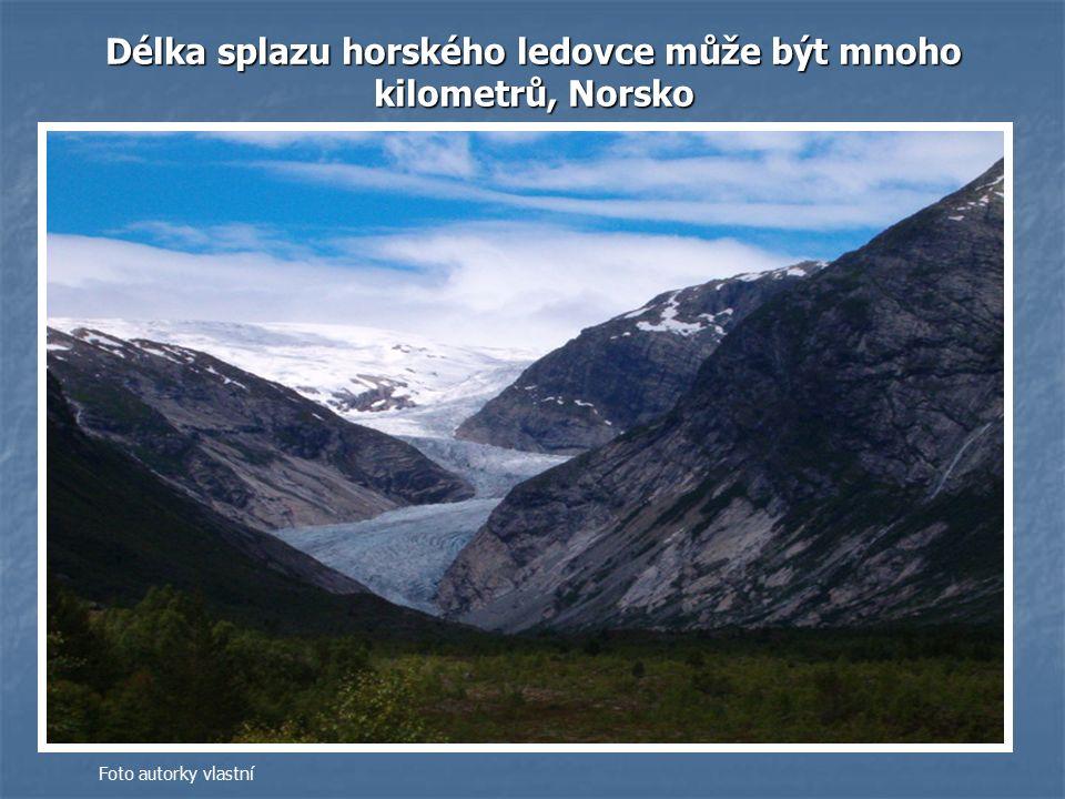 Délka splazu horského ledovce může být mnoho kilometrů, Norsko