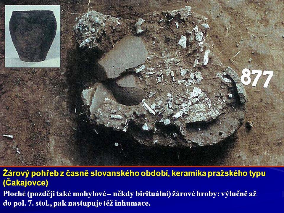 Žárový pohřeb z časně slovanského období, keramika pražského typu