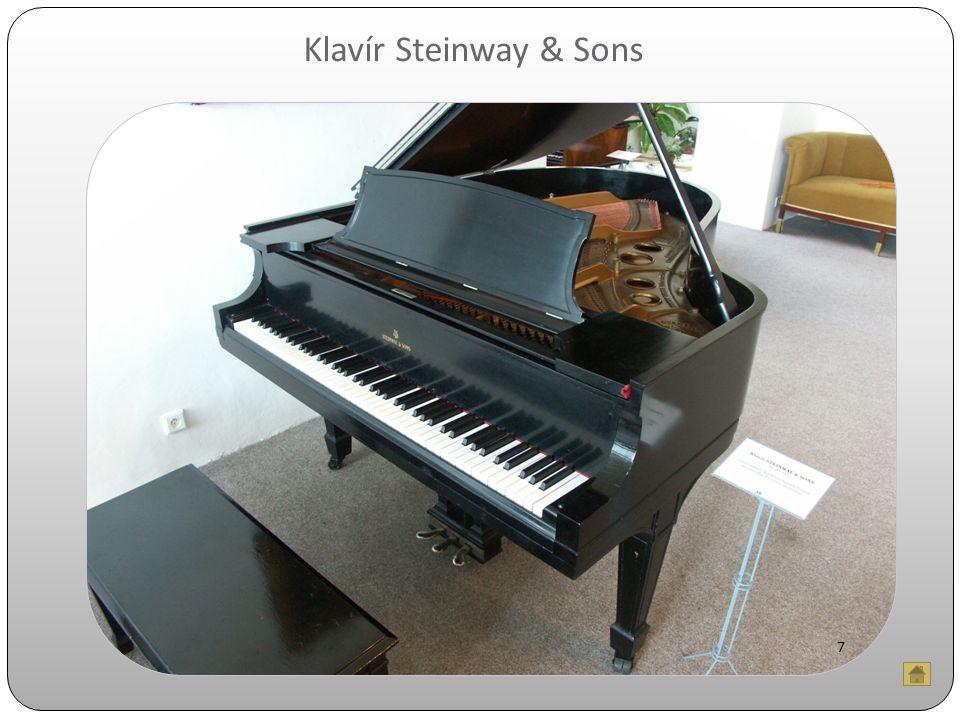Klavír Steinway & Sons 7