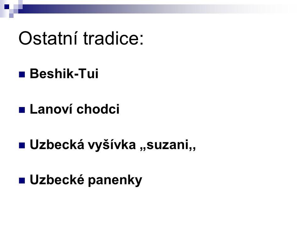"""Ostatní tradice: Beshik-Tui Lanoví chodci Uzbecká vyšívka """"suzani,,"""