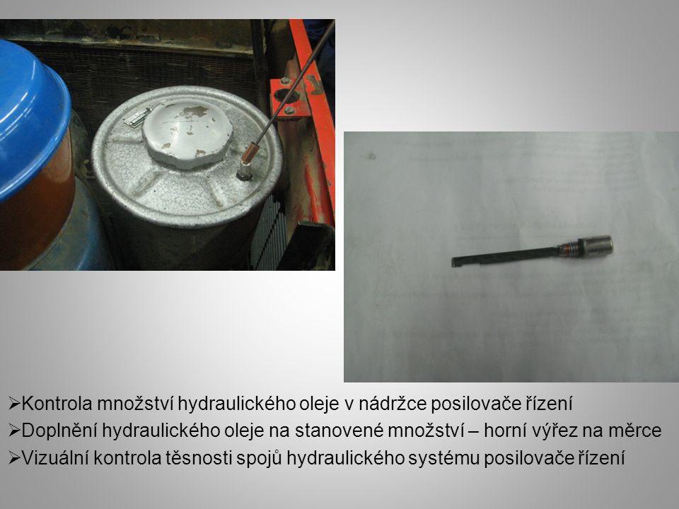 Kontrola množství hydraulického oleje v nádržce posilovače řízení