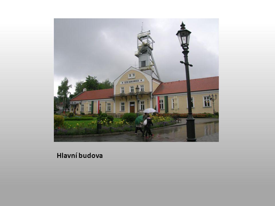 Hlavní budova