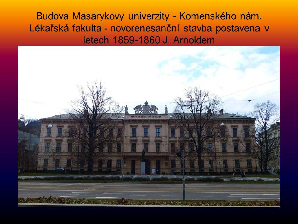 Budova Masarykovy univerzity - Komenského nám