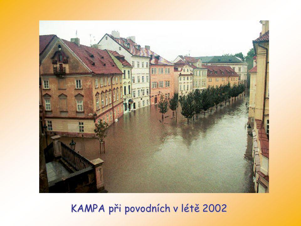 KAMPA při povodních v létě 2002