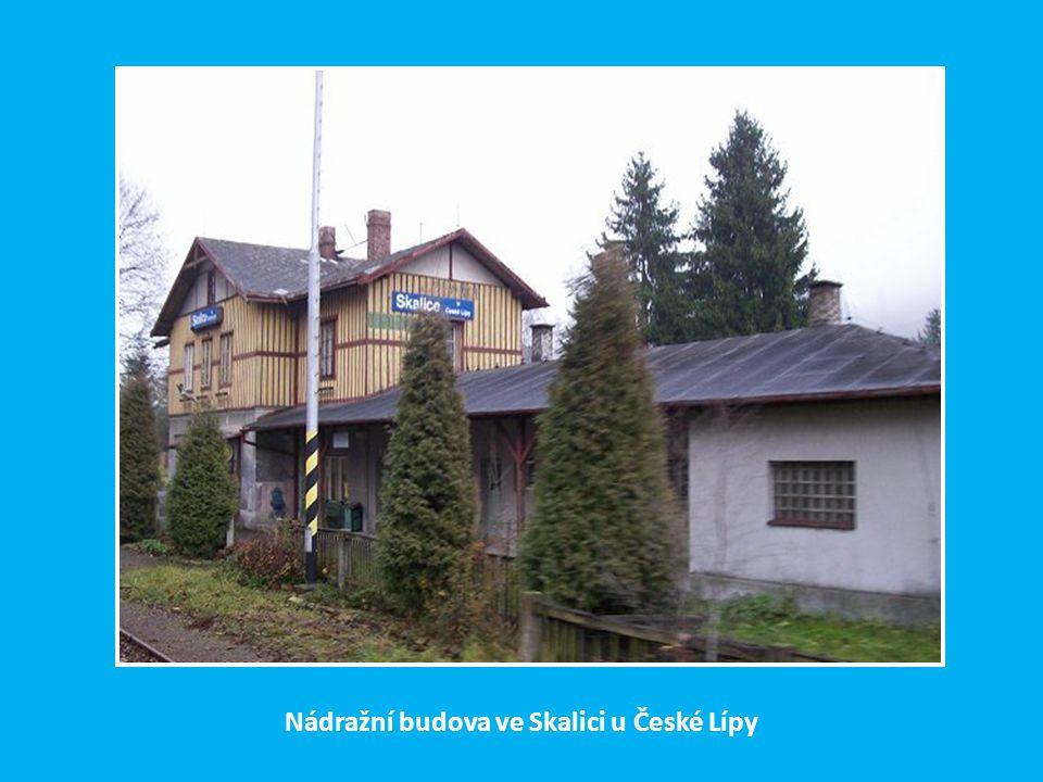 Nádražní budova ve Skalici u České Lípy