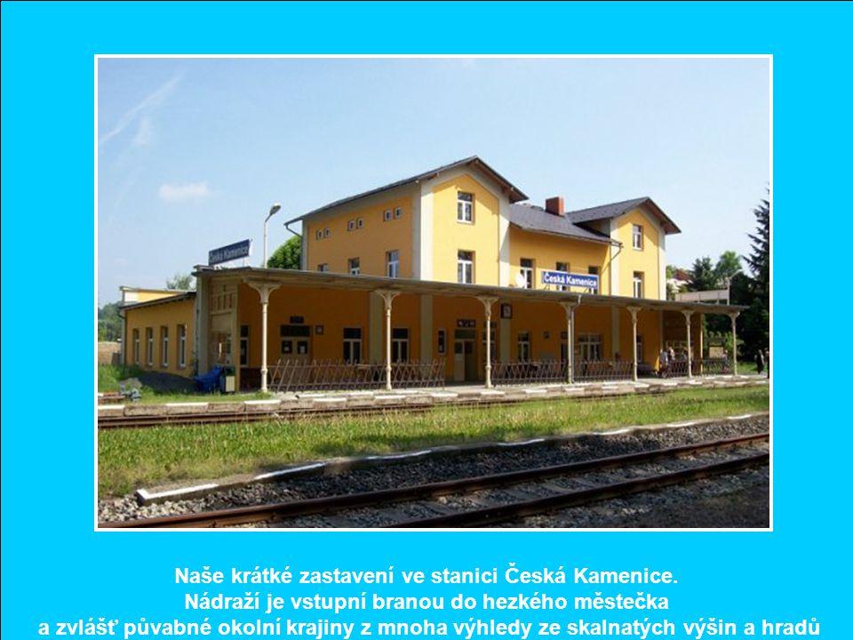 Naše krátké zastavení ve stanici Česká Kamenice.
