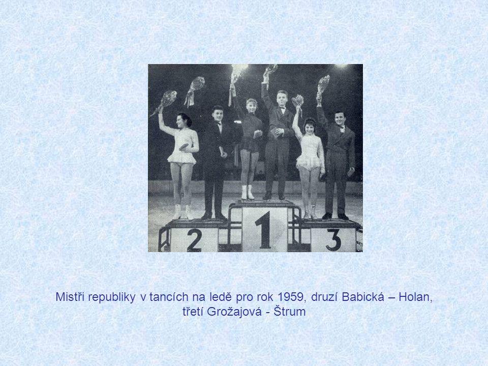 Mistři republiky v tancích na ledě pro rok 1959, druzí Babická – Holan, třetí Grožajová - Štrum