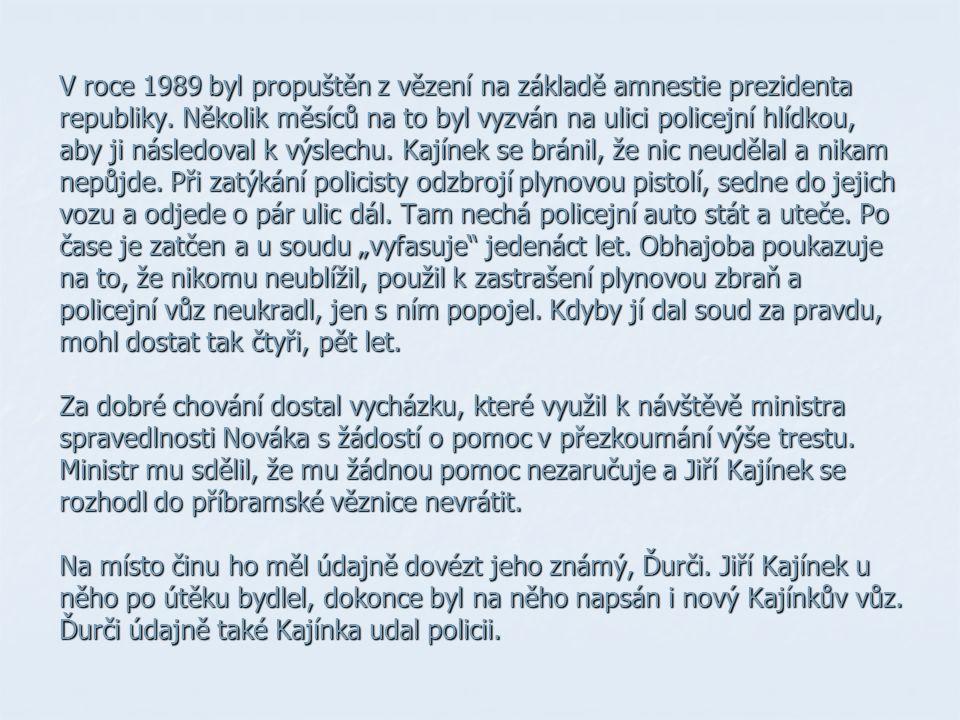 V roce 1989 byl propuštěn z vězení na základě amnestie prezidenta republiky.