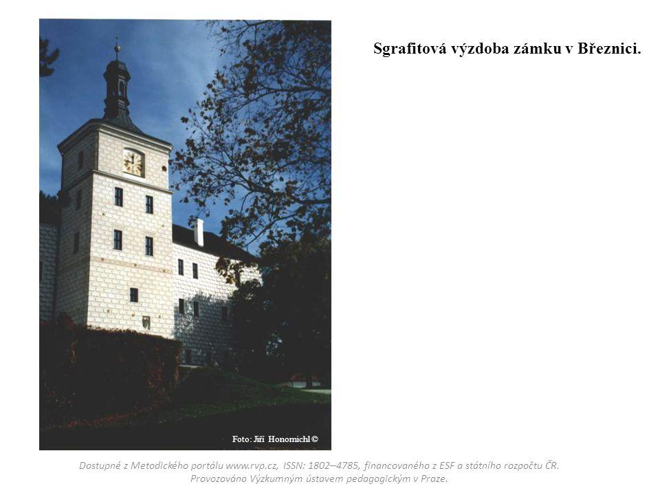 Sgrafitová výzdoba zámku v Březnici.