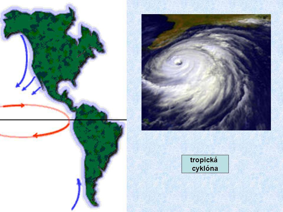 tropická cyklóna
