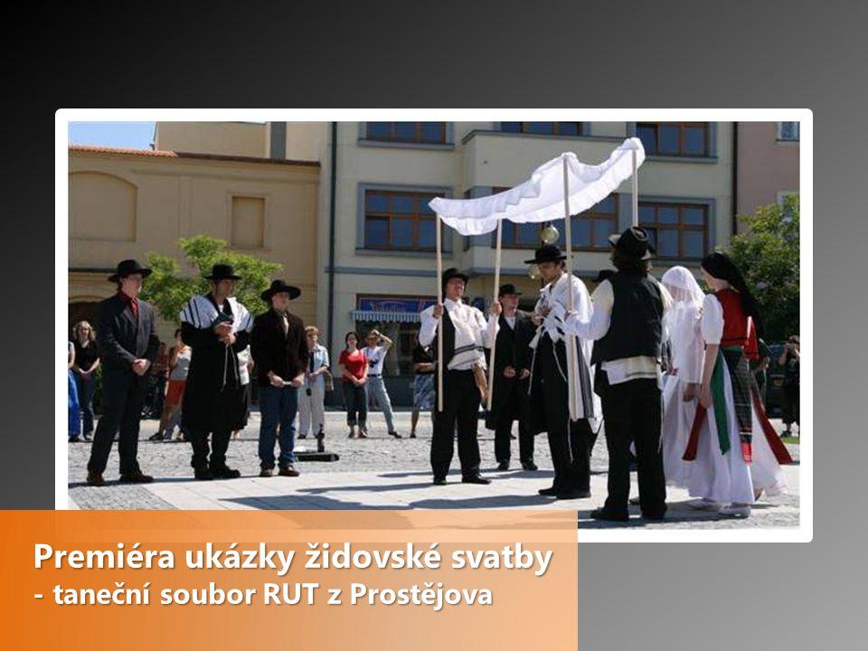 Premiéra ukázky židovské svatby