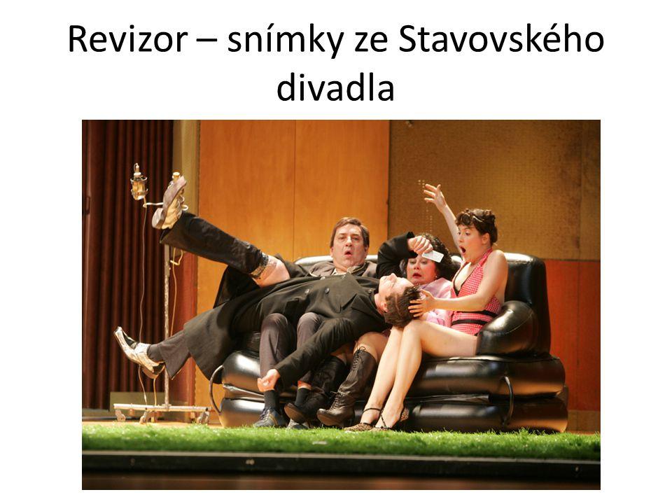 Revizor – snímky ze Stavovského divadla