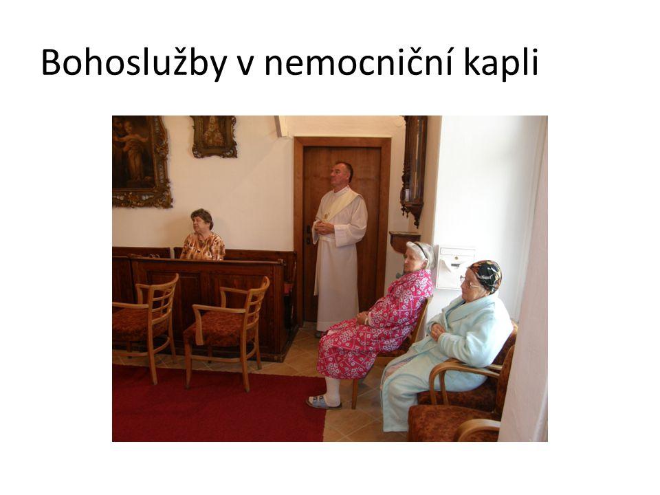 Bohoslužby v nemocniční kapli