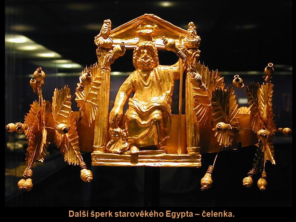 Další šperk starověkého Egypta – čelenka.