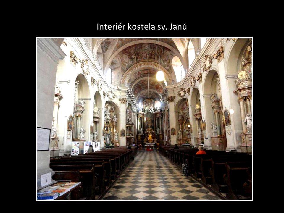 Interiér kostela sv. Janů