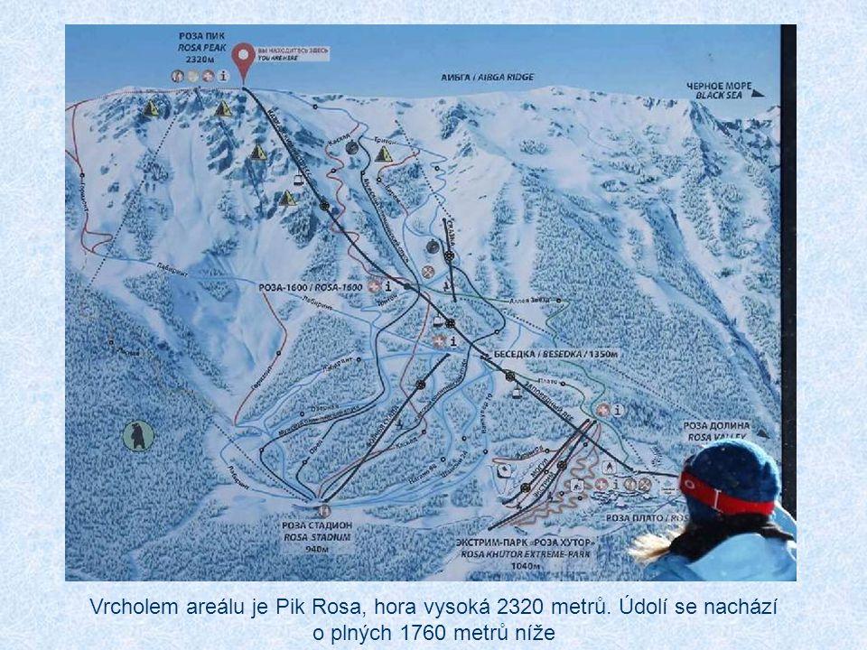 Vrcholem areálu je Pik Rosa, hora vysoká 2320 metrů