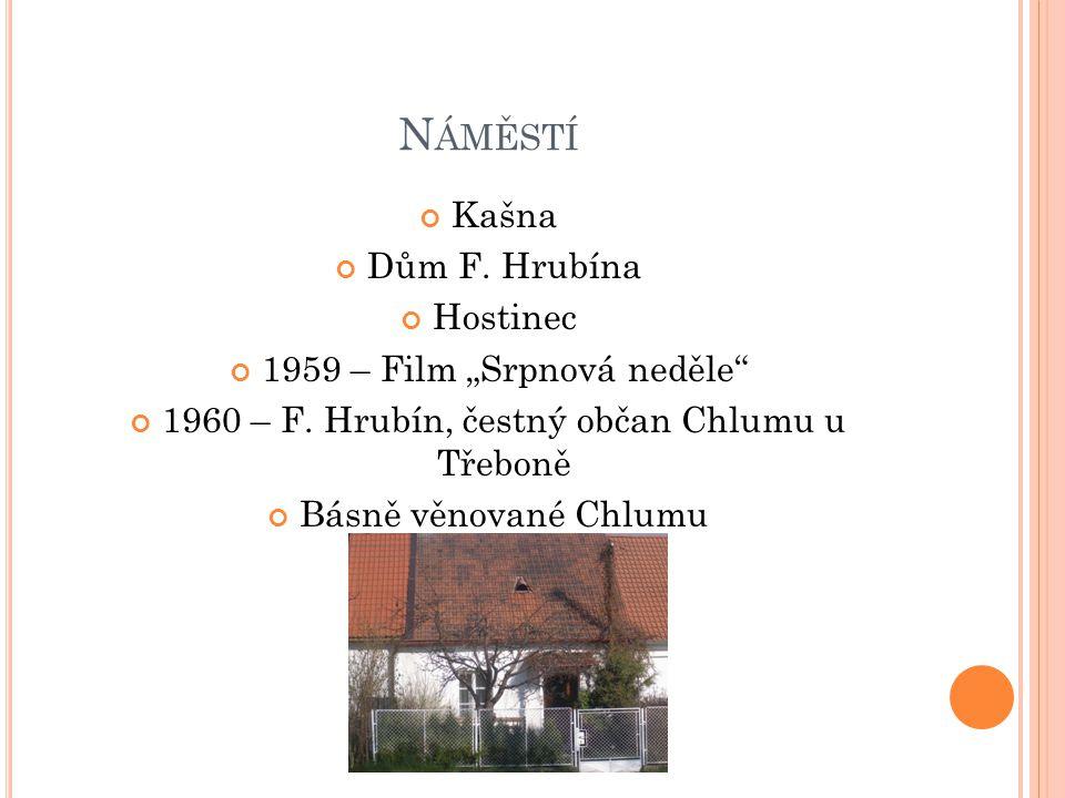 """Náměstí Kašna Dům F. Hrubína Hostinec 1959 – Film """"Srpnová neděle"""