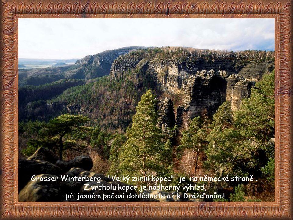 Grosser Winterberg - Velký zimní kopec je na německé straně .