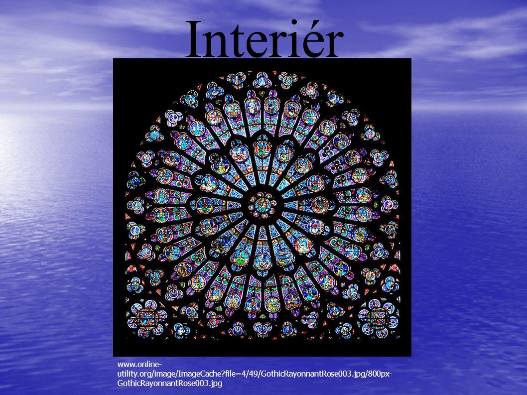 Interiér www.online-utility.org/image/ImageCache file=4/49/GothicRayonnantRose003.jpg/800px-GothicRayonnantRose003.jpg.