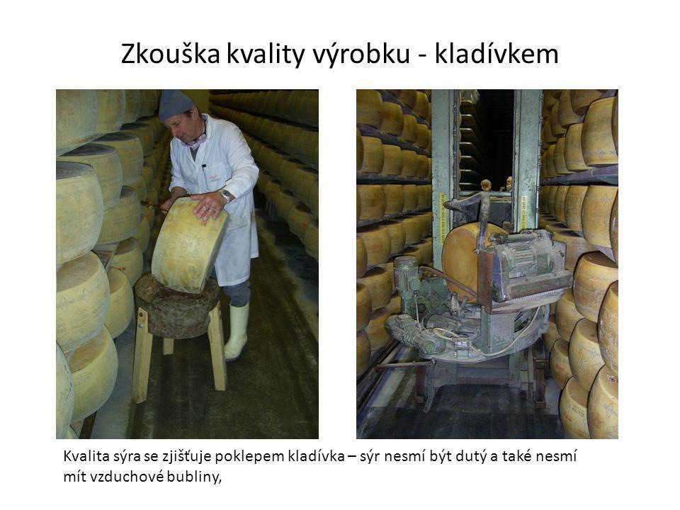 Zkouška kvality výrobku - kladívkem
