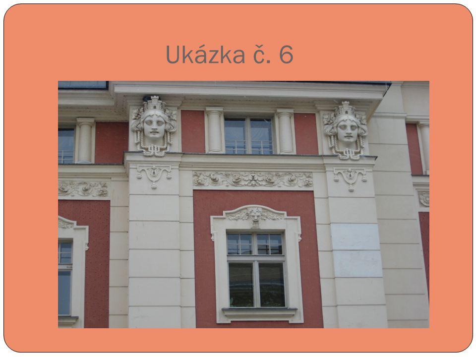 Ukázka č. 6 Detail fasády divadla.