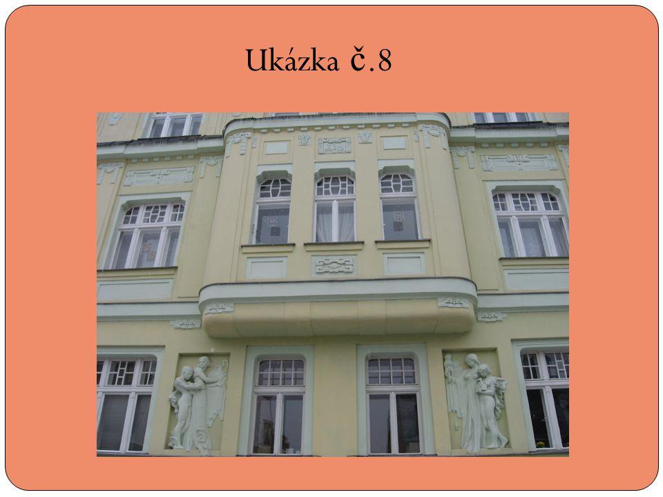 Ukázka č.8 Ulice Emilie Floriánové 12 – dům z roku 1914, pozdní secese s velkoplošnými reliéfy v přízemí.