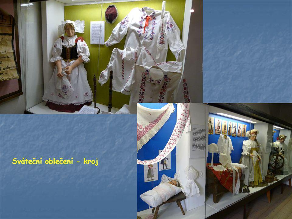 Sváteční oblečení - kroj