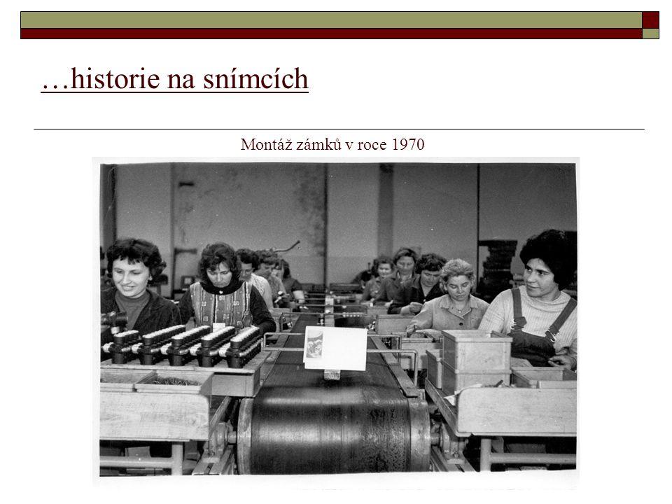 …historie na snímcích Montáž zámků v roce 1970