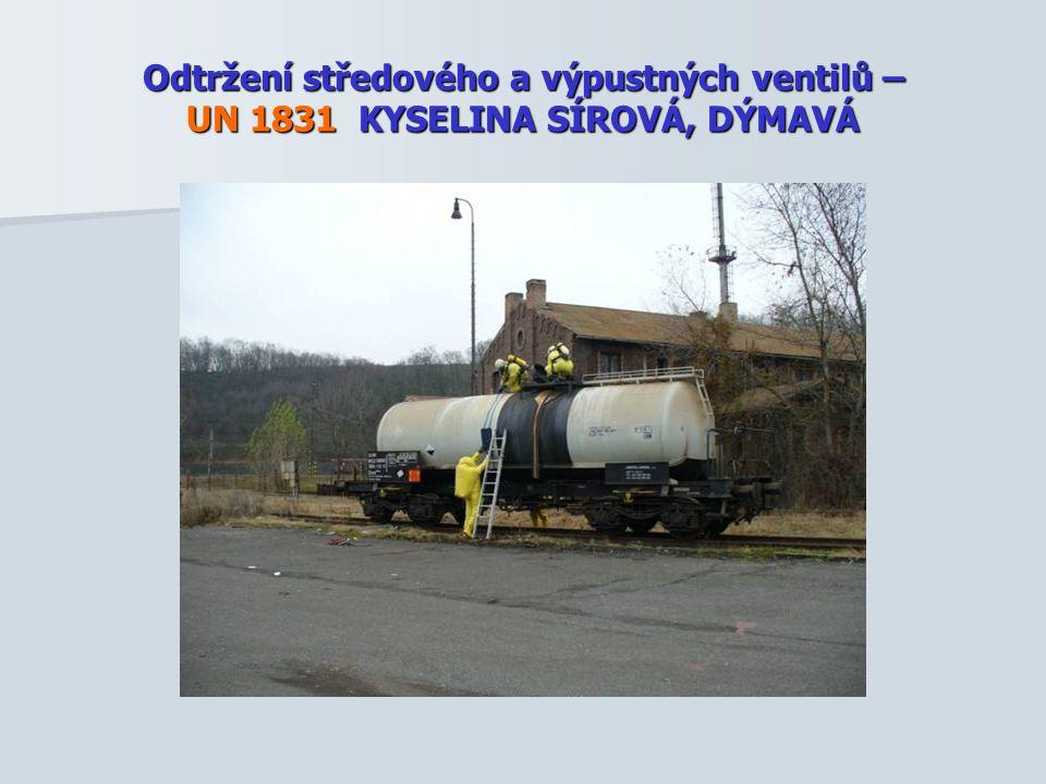 Odtržení středového a výpustných ventilů – UN 1831 KYSELINA SÍROVÁ, DÝMAVÁ