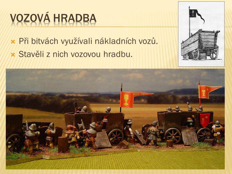 Vozová hradba Při bitvách využívali nákladních vozů.