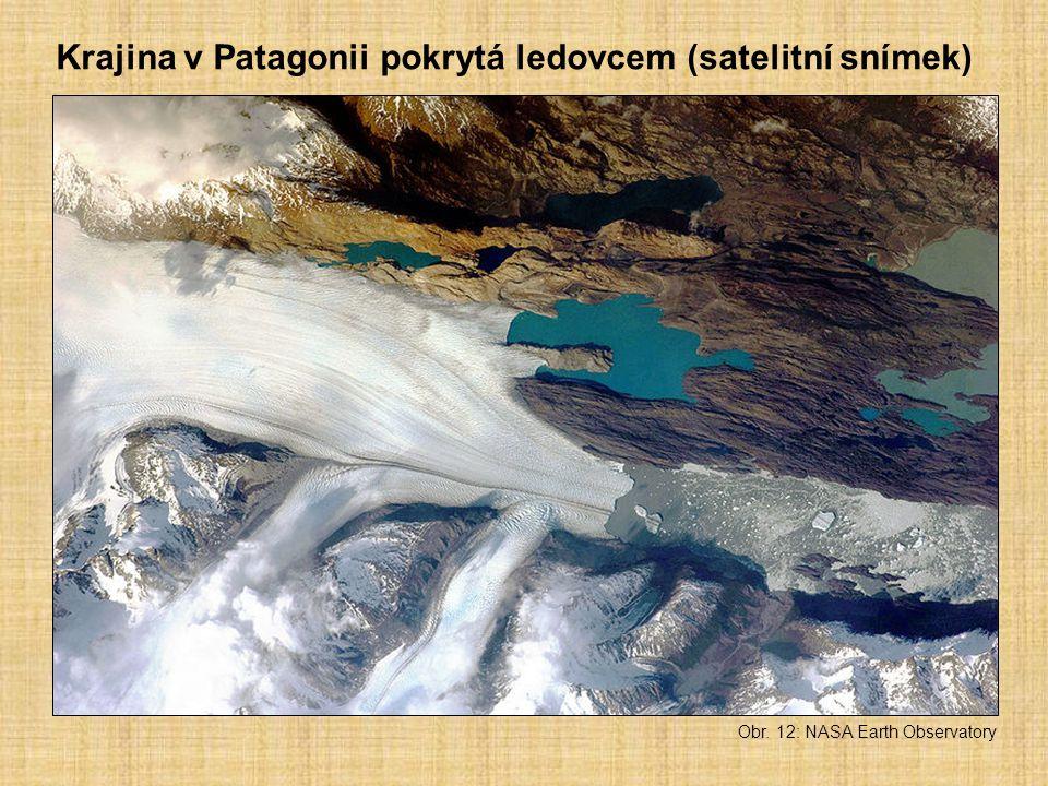 Krajina v Patagonii pokrytá ledovcem (satelitní snímek)
