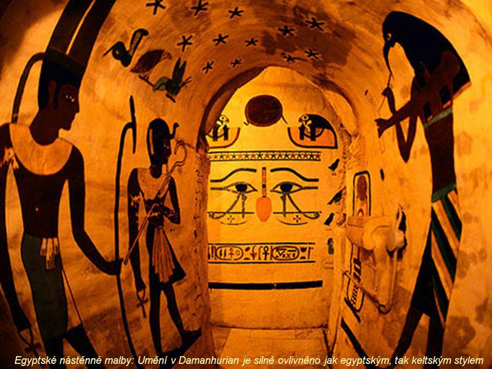 Egyptské nástěnné malby: Umění v Damanhurian je silně ovlivněno jak egyptským, tak keltským stylem