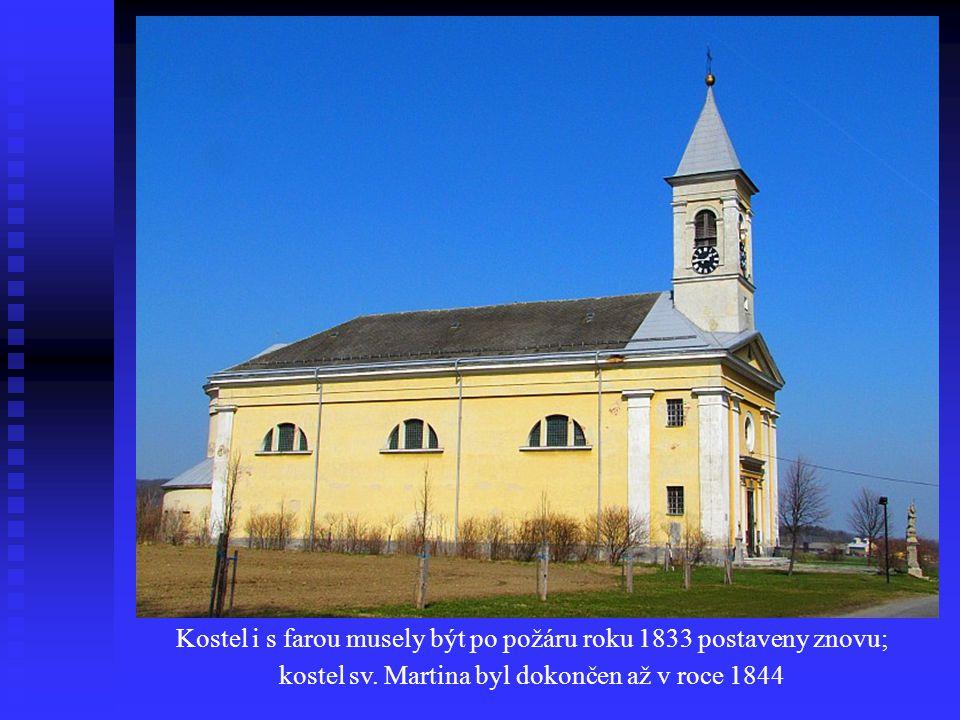 Kostel i s farou musely být po požáru roku 1833 postaveny znovu; kostel sv.