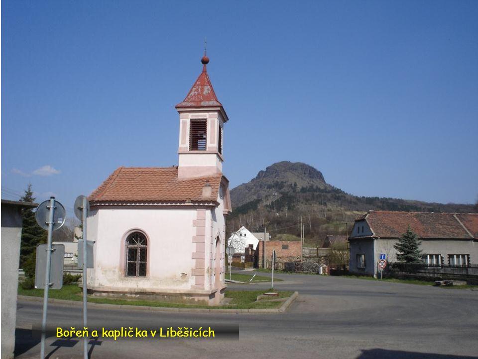 Bořeň a kaplička v Liběšicích