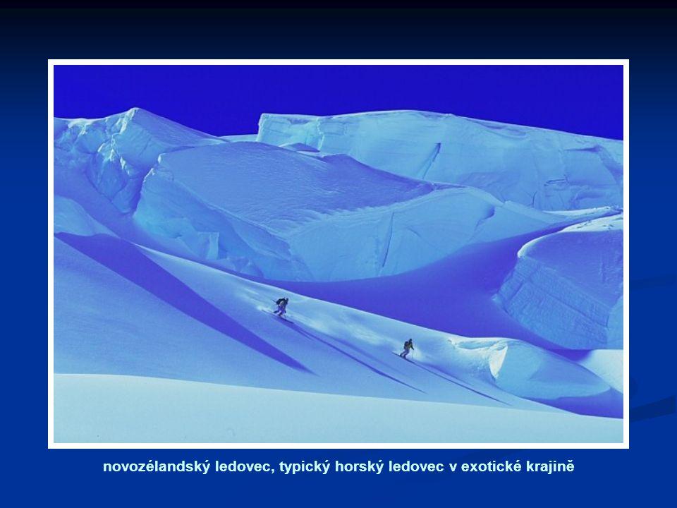 novozélandský ledovec, typický horský ledovec v exotické krajině