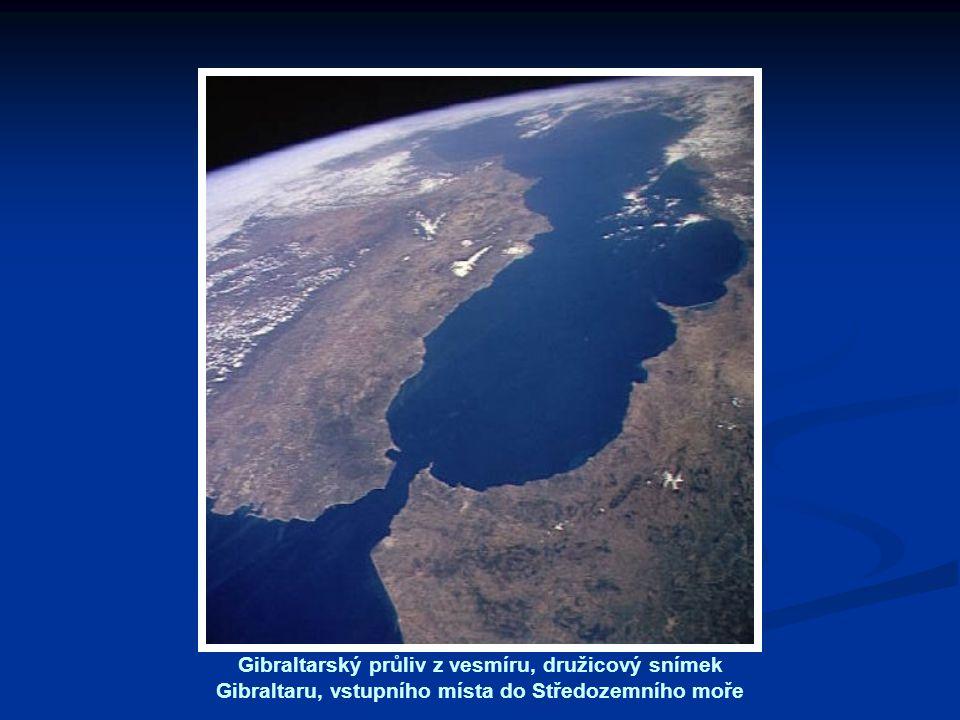 Gibraltarský průliv z vesmíru, družicový snímek Gibraltaru, vstupního místa do Středozemního moře