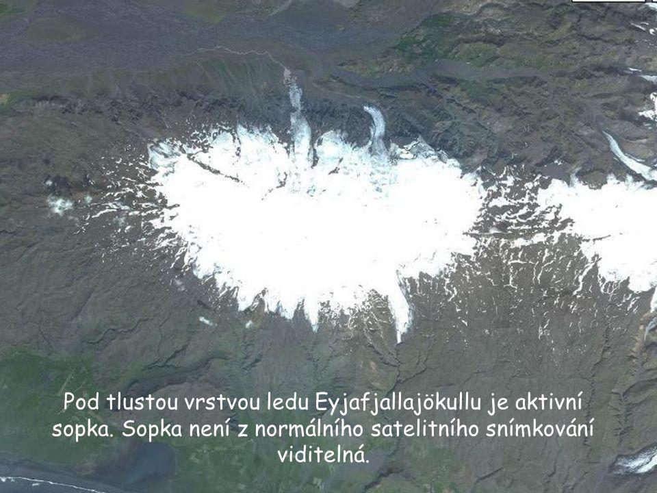 Pod tlustou vrstvou ledu Eyjafjallajökullu je aktivní sopka