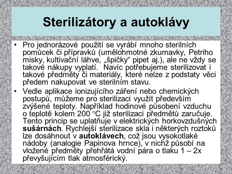 Sterilizátory a autoklávy