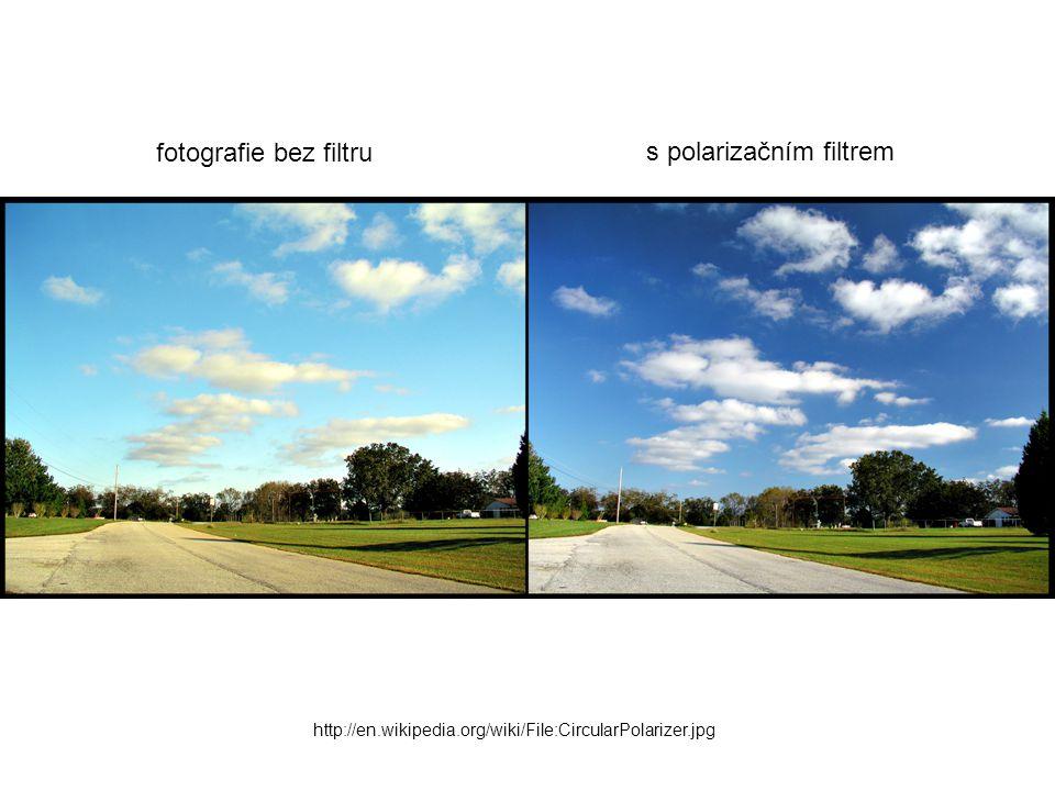 s polarizačním filtrem