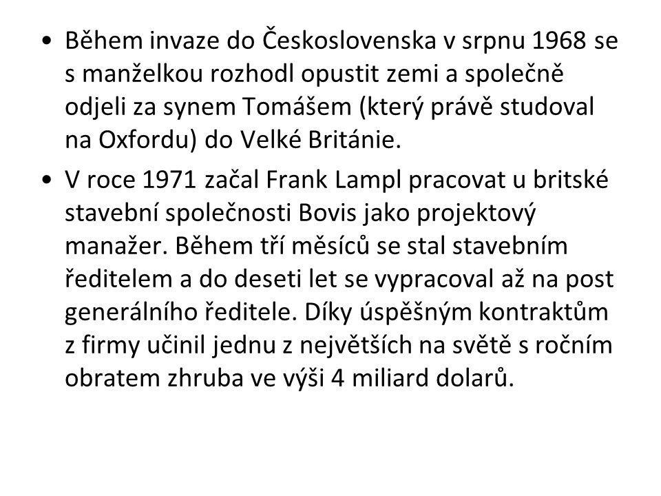 Během invaze do Československa v srpnu 1968 se s manželkou rozhodl opustit zemi a společně odjeli za synem Tomášem (který právě studoval na Oxfordu) do Velké Británie.