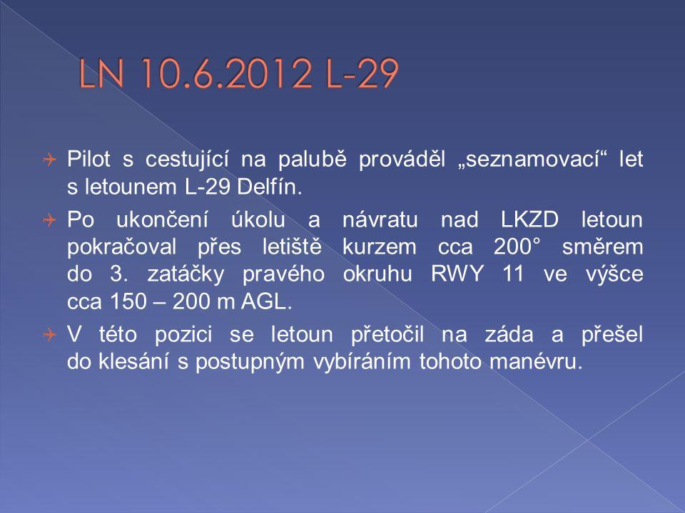 """LN 10.6.2012 L-29 Pilot s cestující na palubě prováděl """"seznamovací let s letounem L-29 Delfín."""