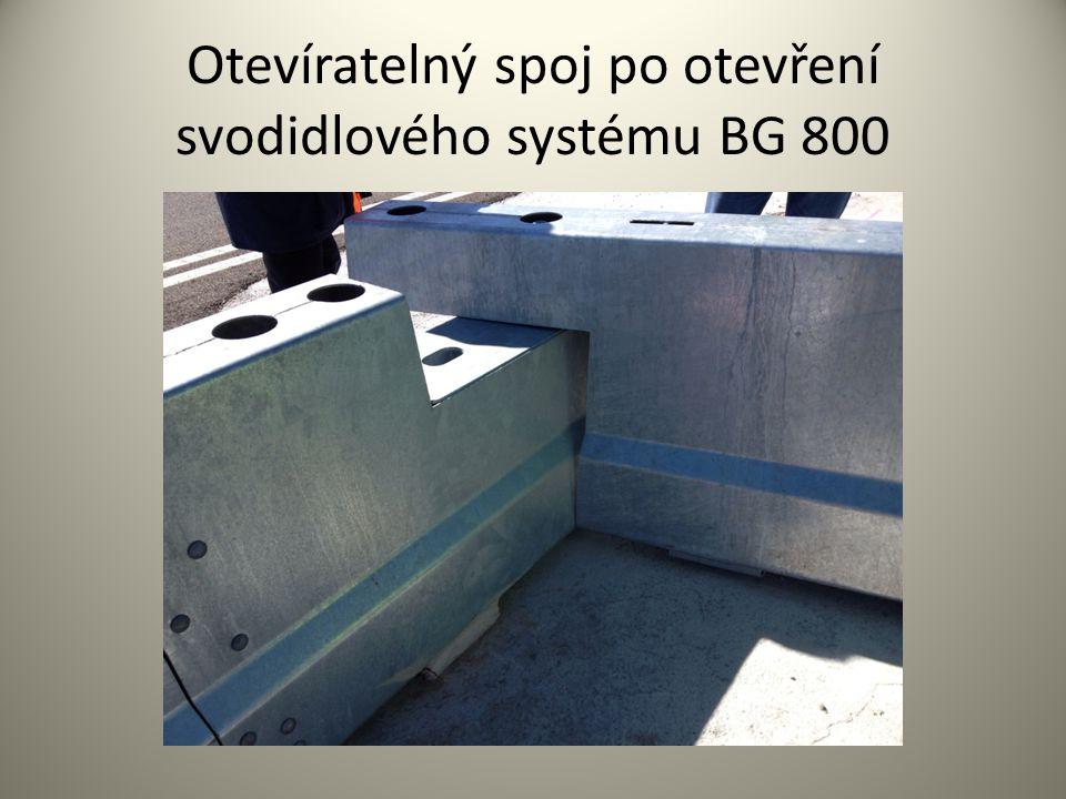 Otevíratelný spoj po otevření svodidlového systému BG 800